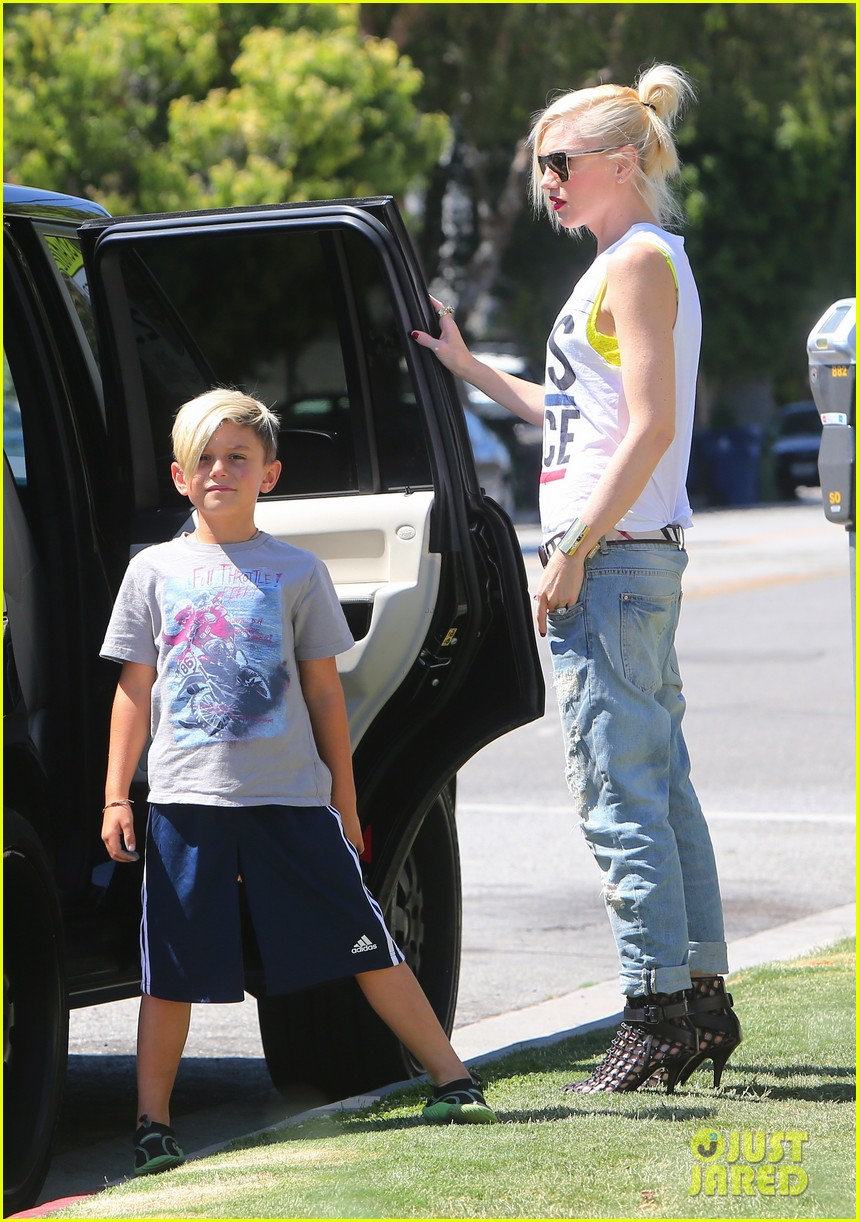 gwen stefani gavin rossdale ice cream with the kids 07