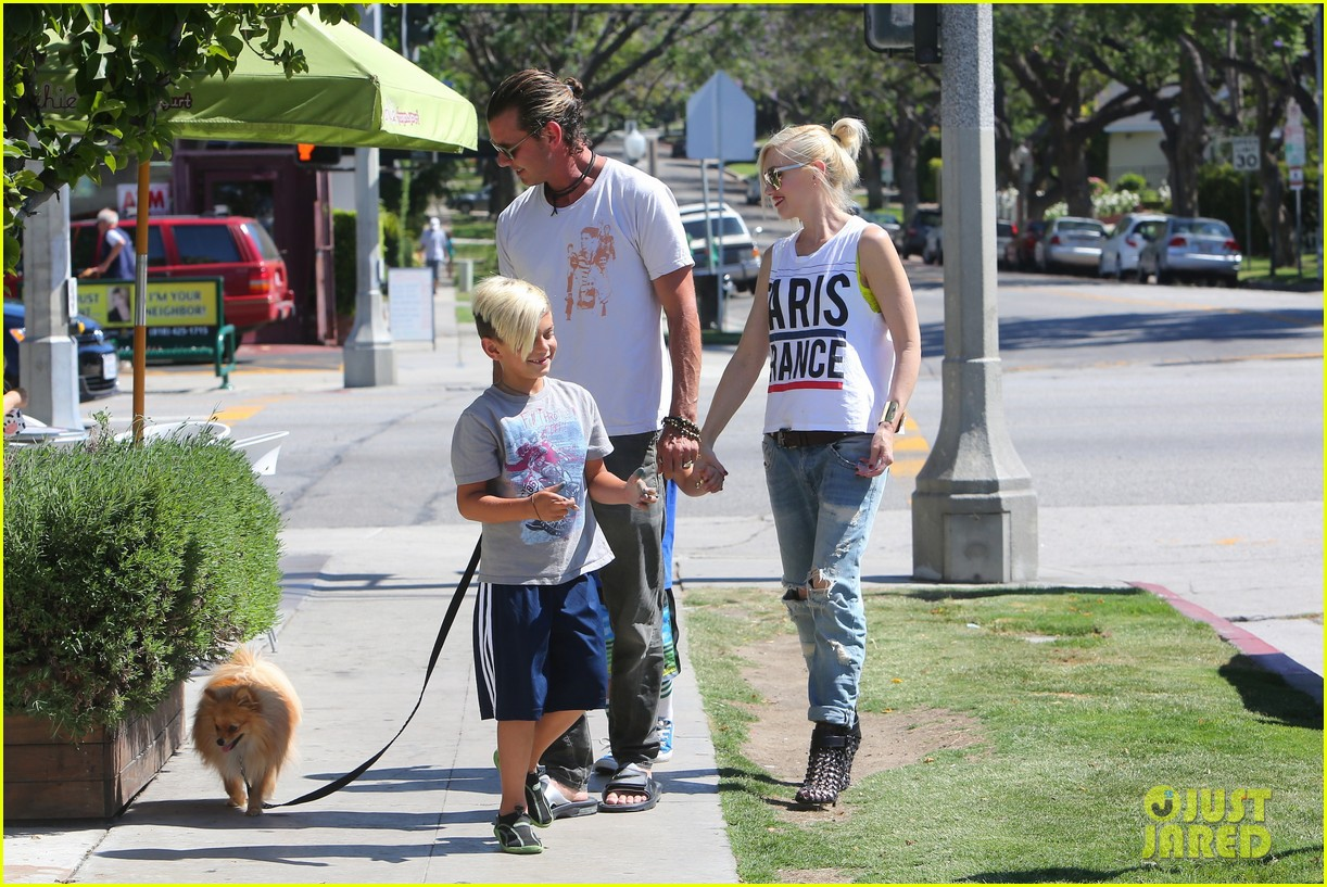 gwen stefani gavin rossdale ice cream with the kids 34