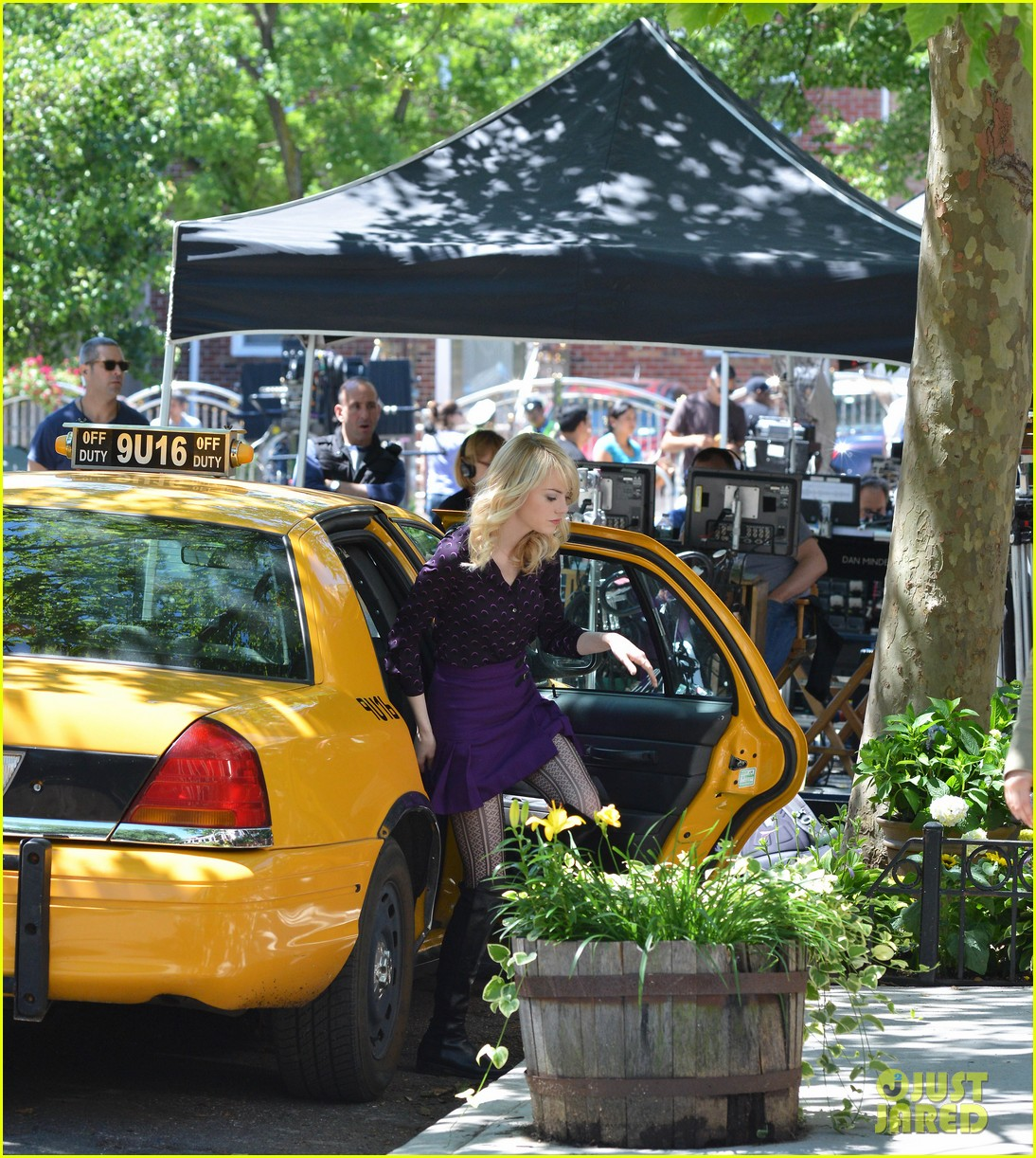 emma stone andrew garfield film spiderman with sally field 132890598