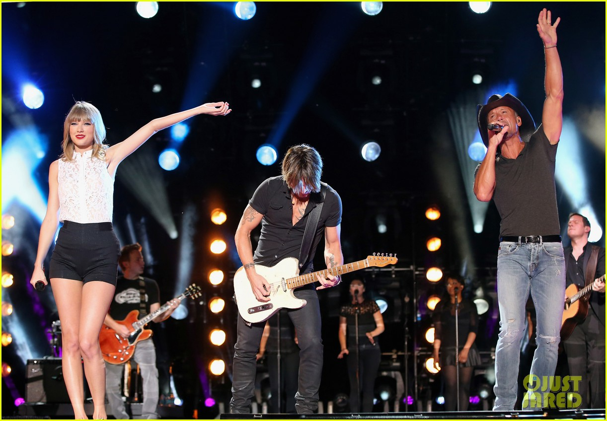 taylor swift keith urban tim mcgraw cma music festival 13