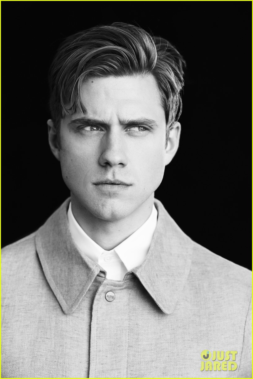 aaron tveit mr porter photo shoot 05