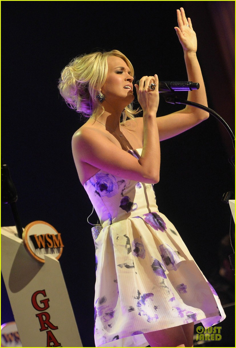 carrie underwood i love performing at the grand ole opry 01