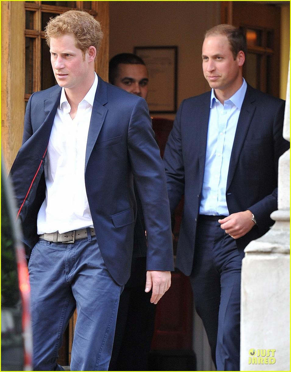 prince williams harry prince philip hospital visit 042891473