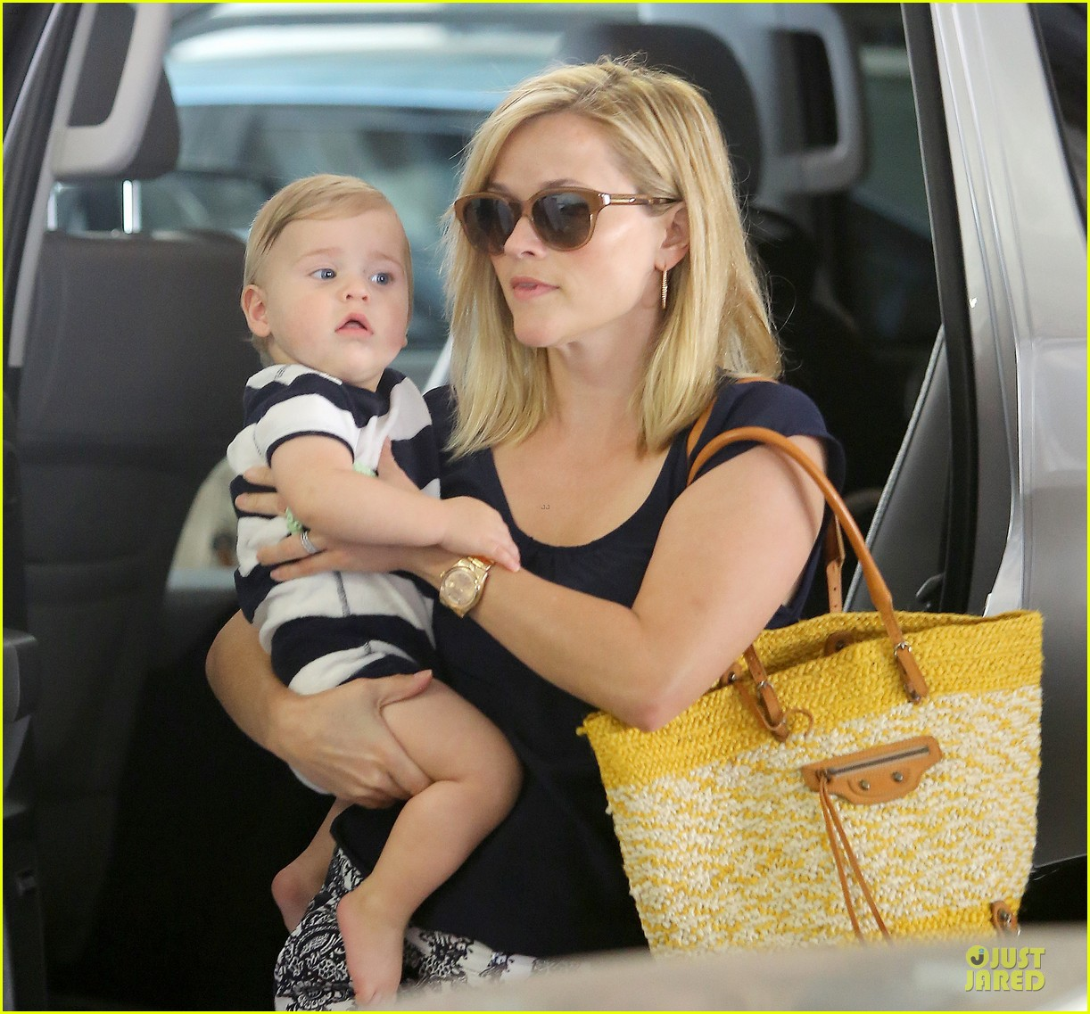 reese witherspoon doctors office visit with tennessee 17