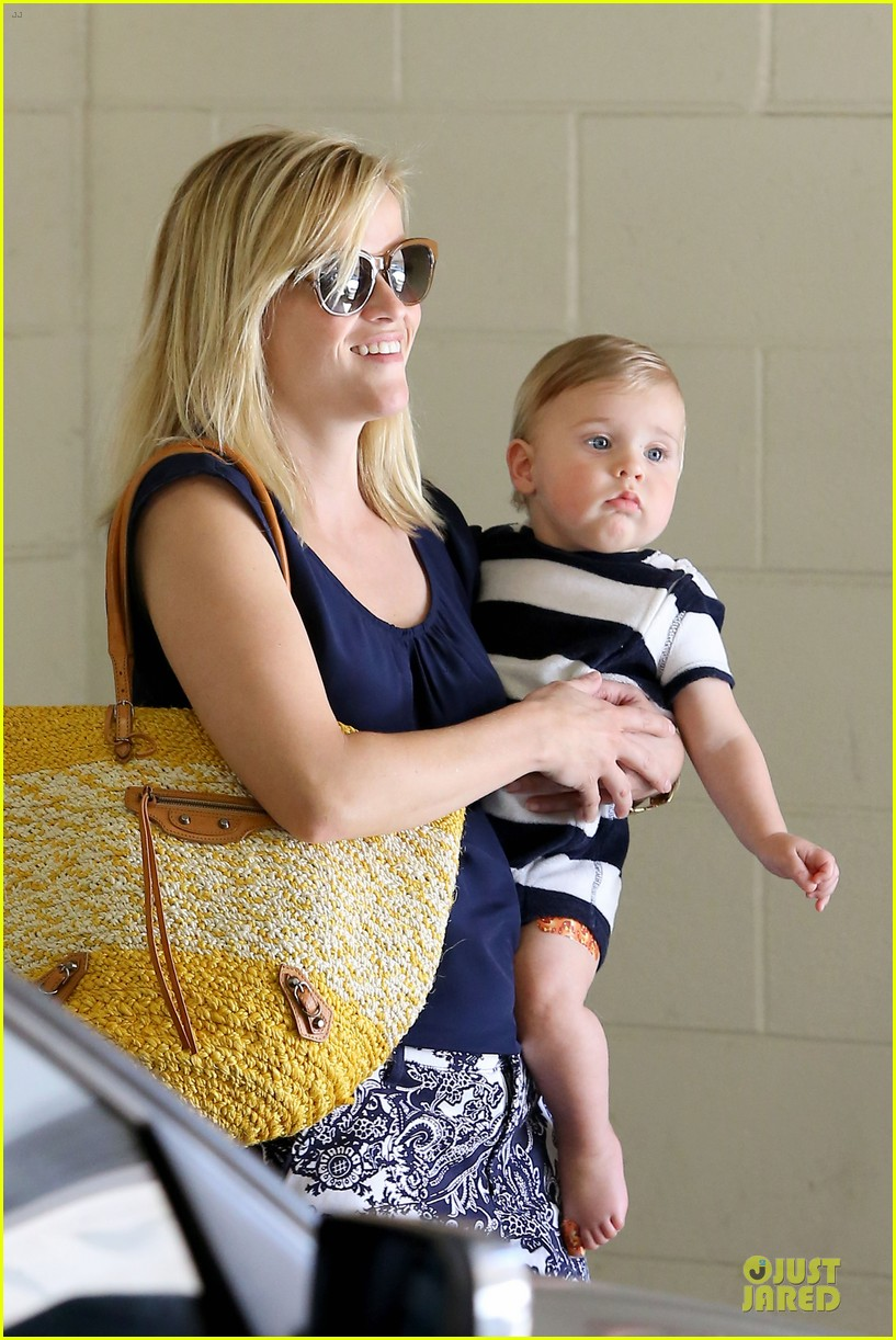 reese witherspoon doctors office visit with tennessee 272898987