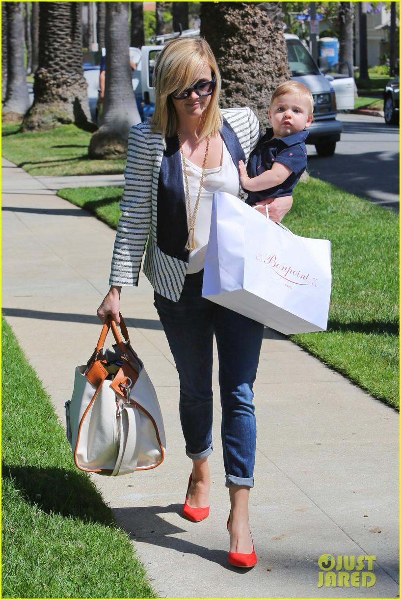 reese witherspoon playdate with tennessee 19