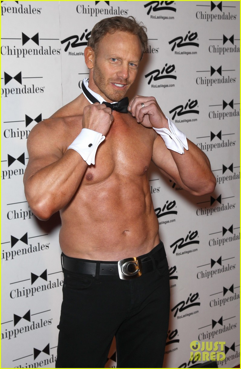 ian ziering shirtless chippendales debut 05