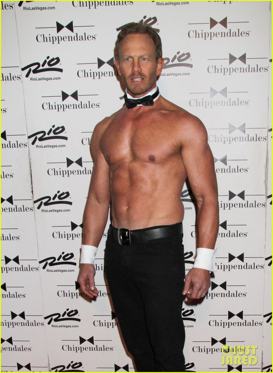 ian ziering shirtless chippendales debut 09