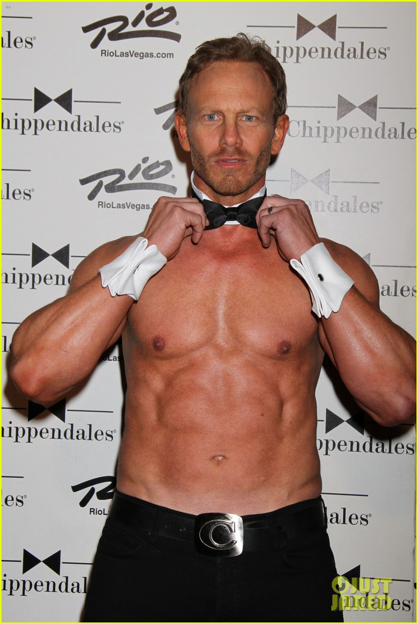 ian ziering shirtless chippendales debut 13