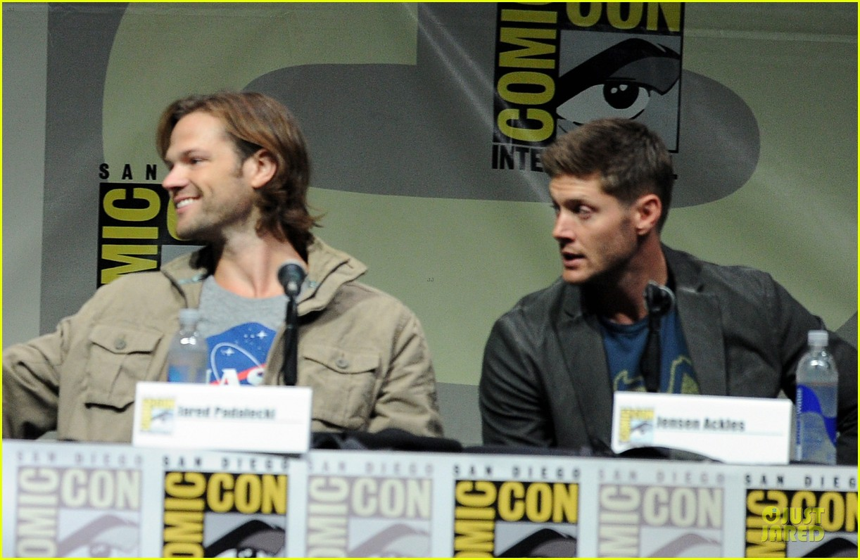 jensen ackles jared ackles supernatural at comic con 07
