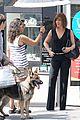 jennifer aniston walks dog gets justin theroux visit on set 23