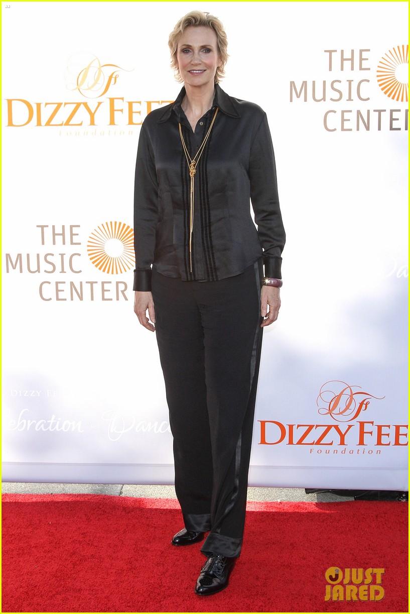 anna kendrick darren criss dizzy feet foundation gala 2013 032918575
