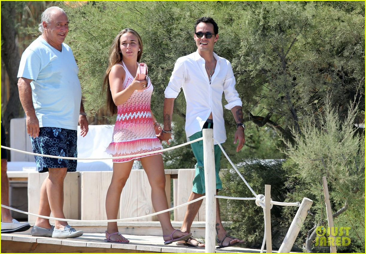marc anthony chloe green st tropez vacation 082904818