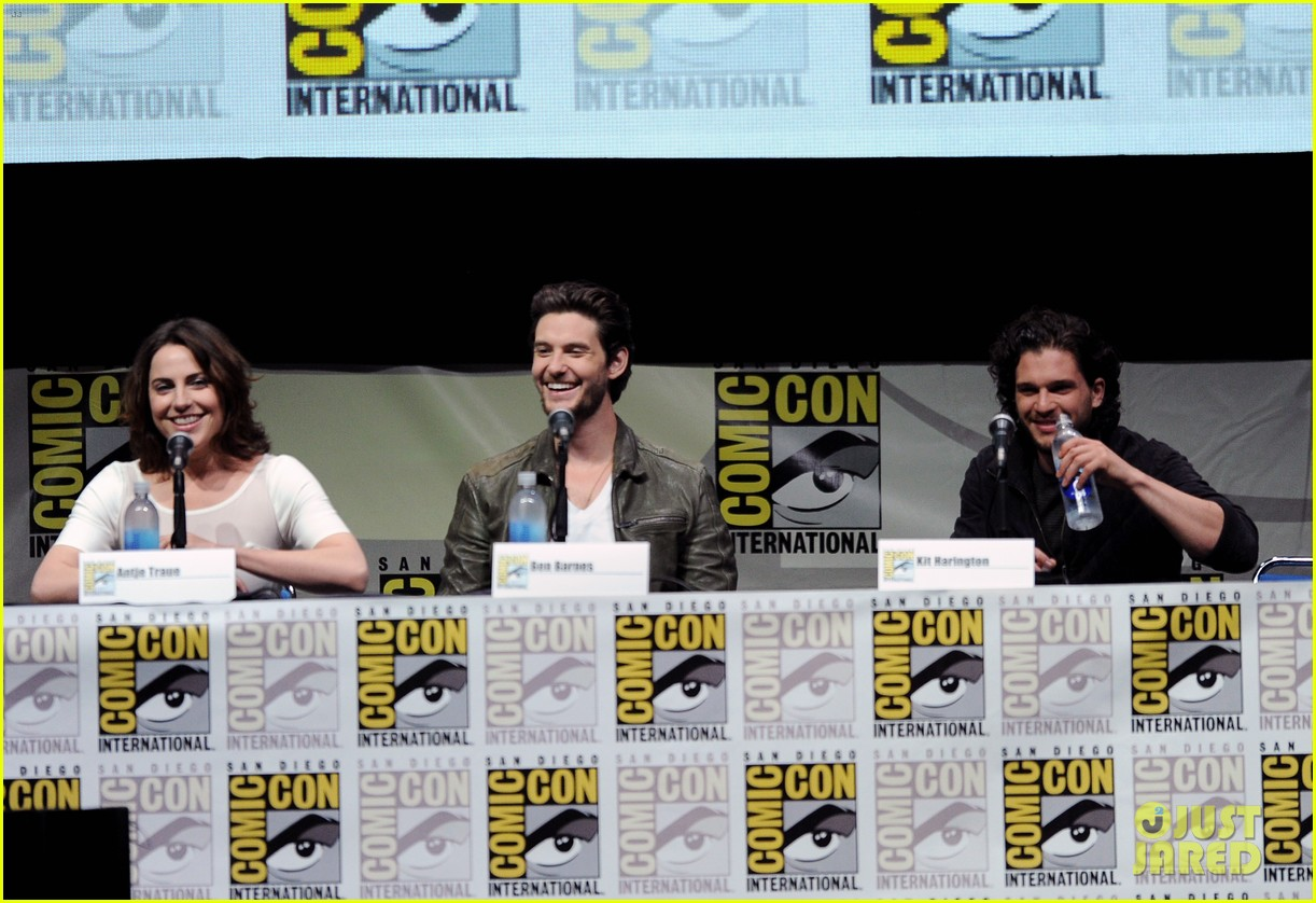 ben barnes kit harington seventh son comic con panel 12