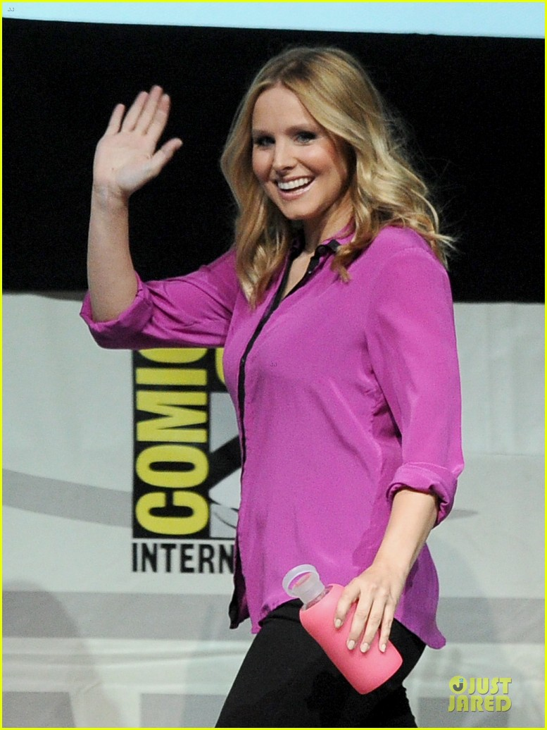 kristen bell chris lowell veronica mars qa at comic con 112912543