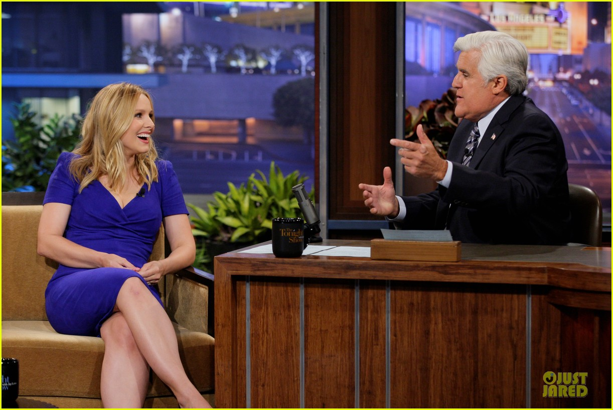 kristen bell jake johnson tonight show with jay leno guests 01