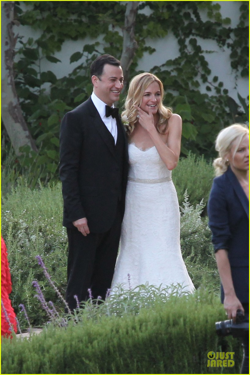 kristen bell dax shephard jimmy kimmel molly mcnearney wedding pic 012909131