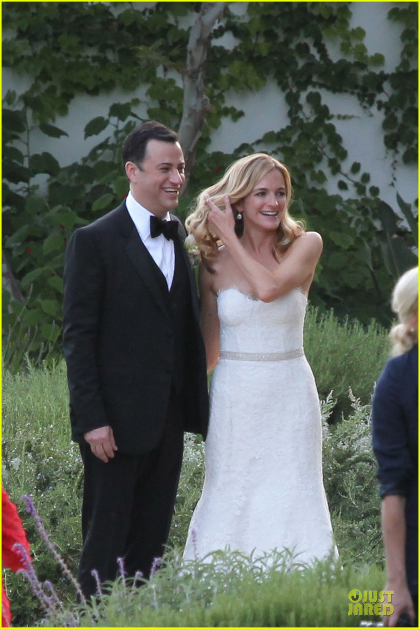 kristen bell dax shephard jimmy kimmel molly mcnearney wedding pic 062909136