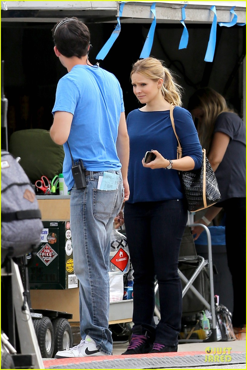 kristen bell win a platonic date with me 05