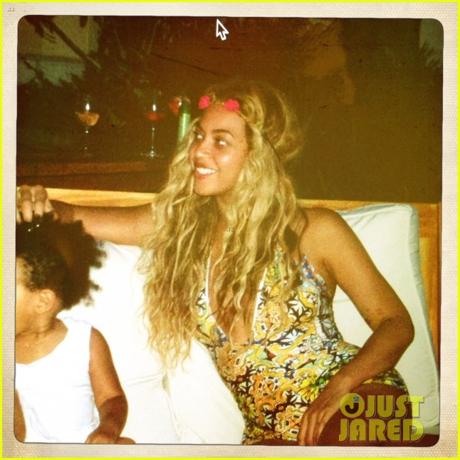 beyonce shares vacation photos with blue ivy 10