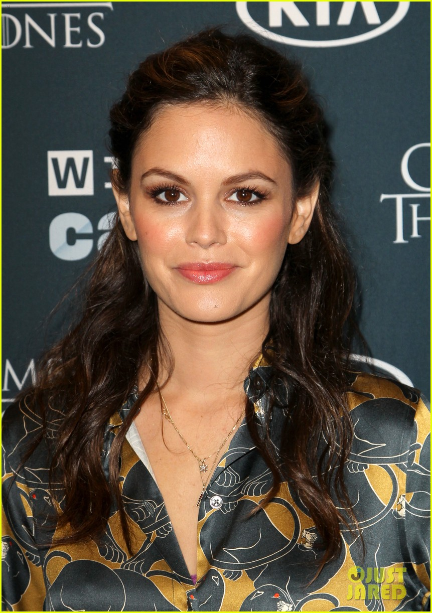 rachel bilson neck tattoo was for a movie role 14