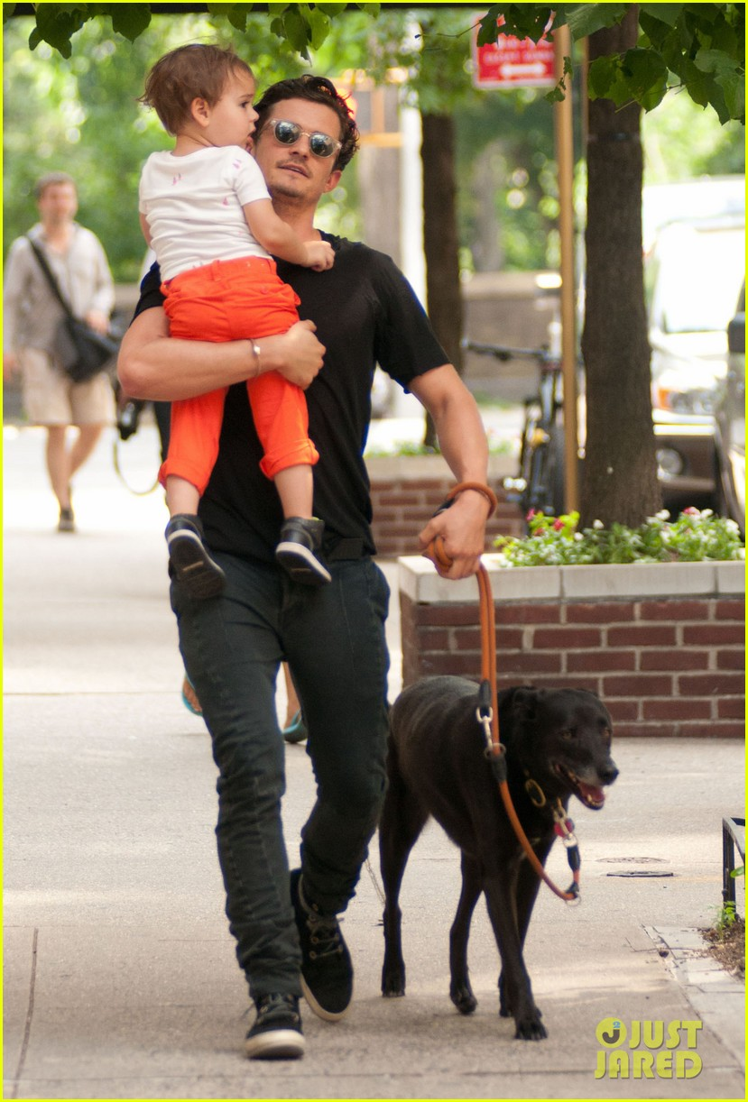 orlando bloom daddy day out with flynn 12