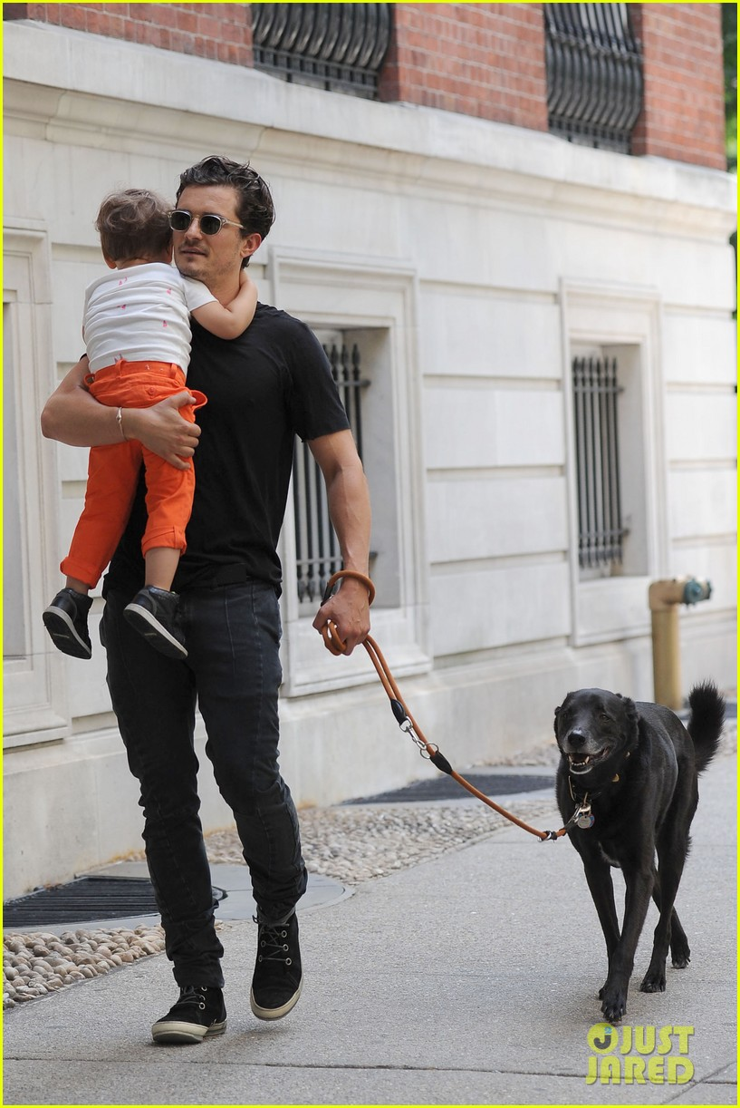 orlando bloom daddy day out with flynn 142905612