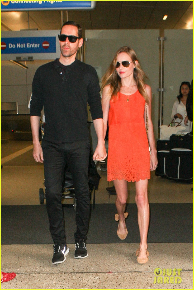kate bosworth michael polish land at lax on july 4th 04