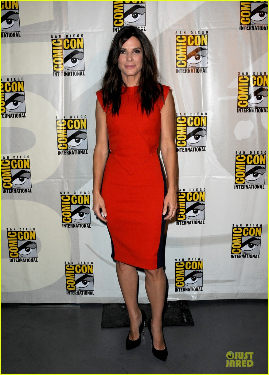 sandra bullock gravity panel at comic con 012913036