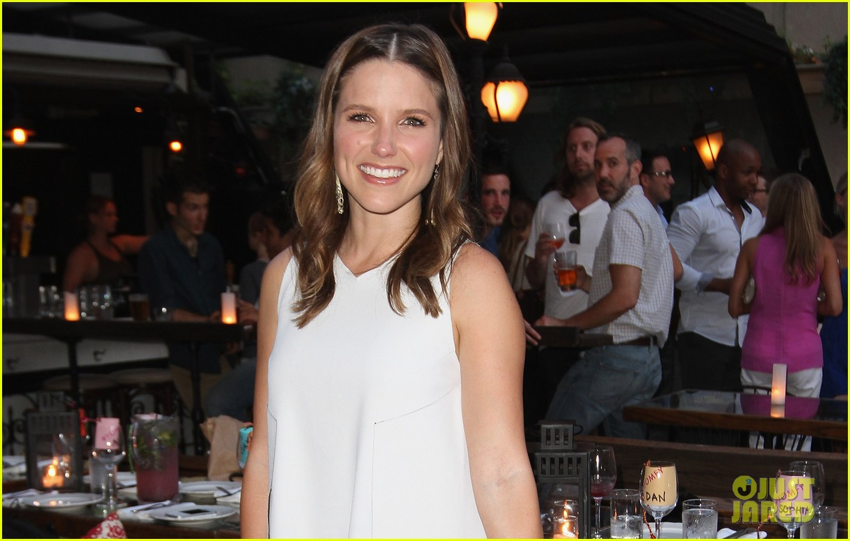 sophia bush birthday celebration in new york 04