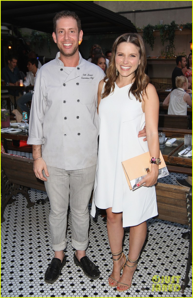 sophia bush birthday celebration in new york 052906592
