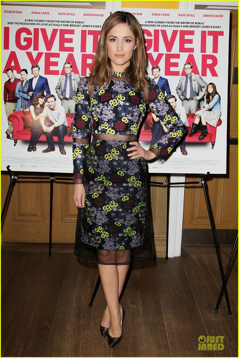 rose byrne i give it a year nyc screening 03