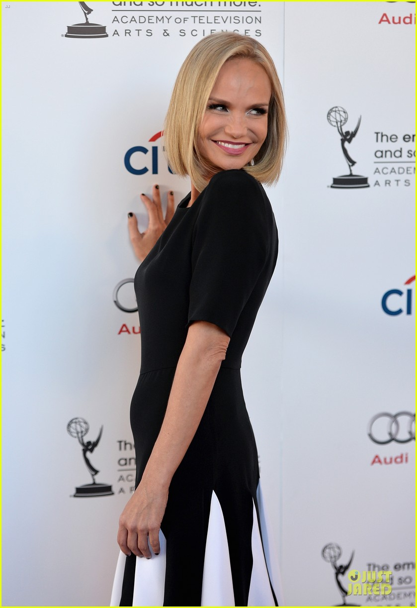 kristin chenoweth spends evening with carol burnett 062914935