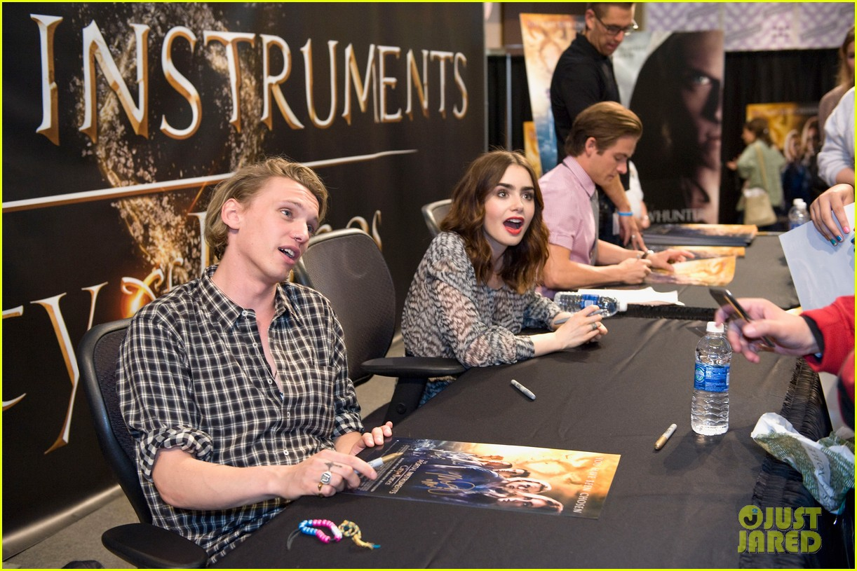 Lily collins jamie campbell bower mortal instruments meet lily collins jamie campbell bower mortal instruments meet greet photo 2919123 jamie campbell bower kevin zegers lily collins kristyandbryce Choice Image