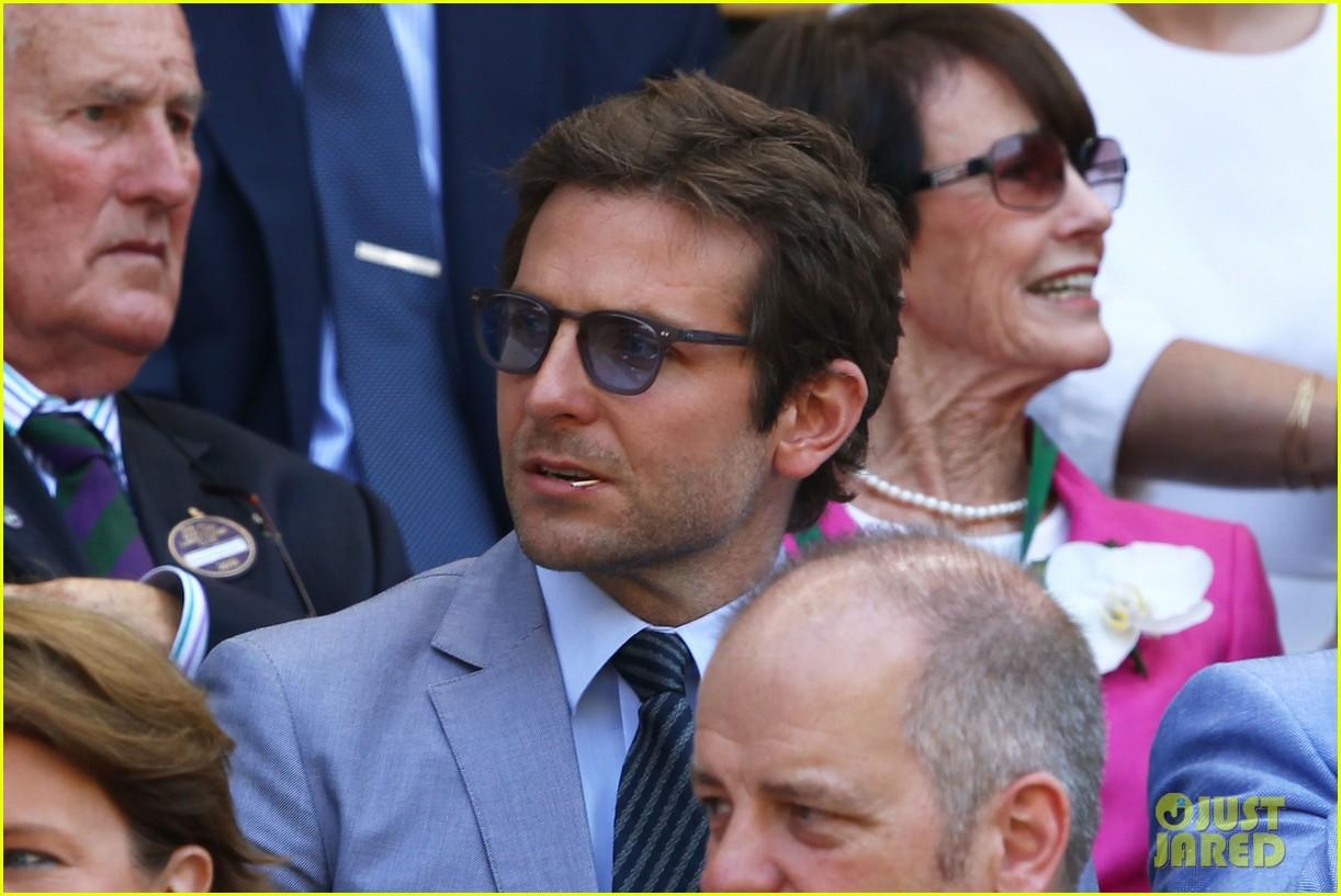 gerard butler bradley cooper victoria beckham wimbledon watchers 01