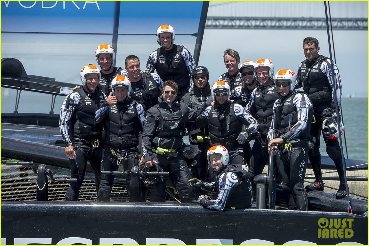 tom cruise connor emirates team new zealand sailing race 02