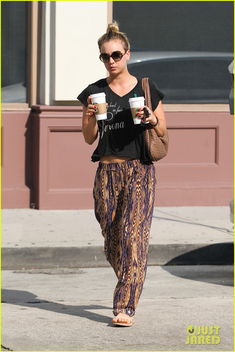 kaley cuoco grabs coffee for two after date with henry cavill 05