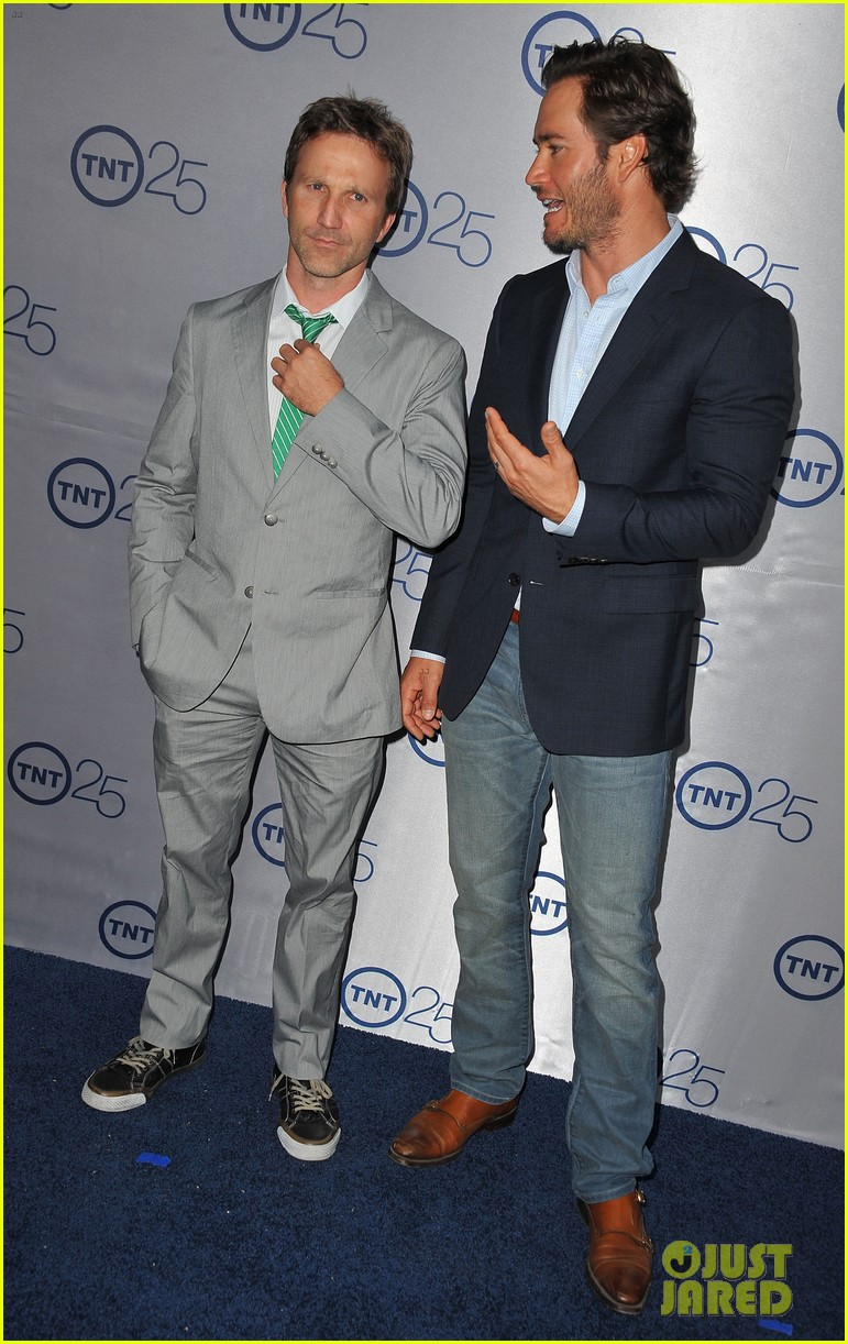 eric dane mark paul gosselaar tnt's 25th anniversary party 112916575