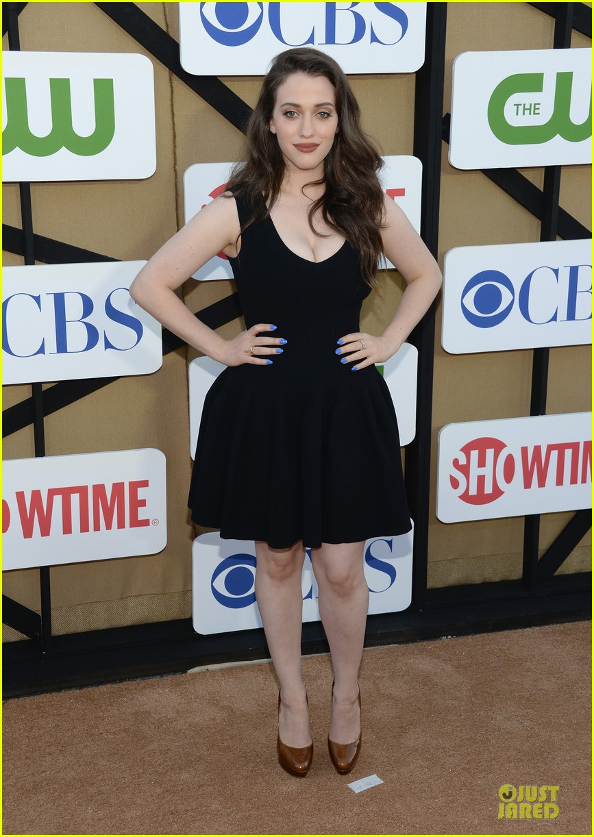 kat dennings beth behrs cbs summer tca party 09
