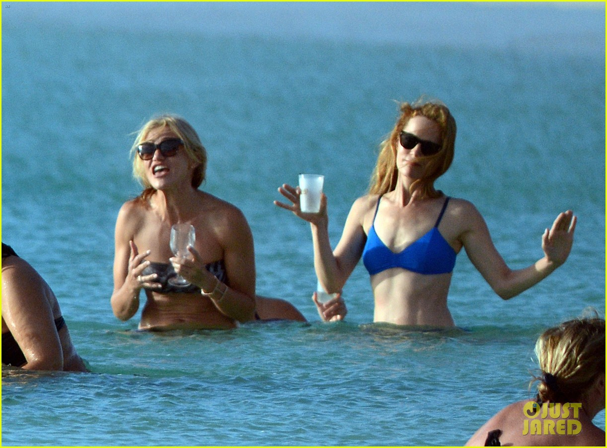cameron diaz kate upton bikini babes in the bahamas 18