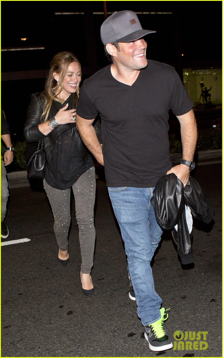 hilary duff bootsy bellows babe with mike comrie 102908868