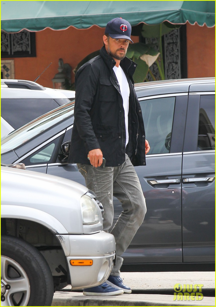 josh duhamel taking time off after baby is born 042907756