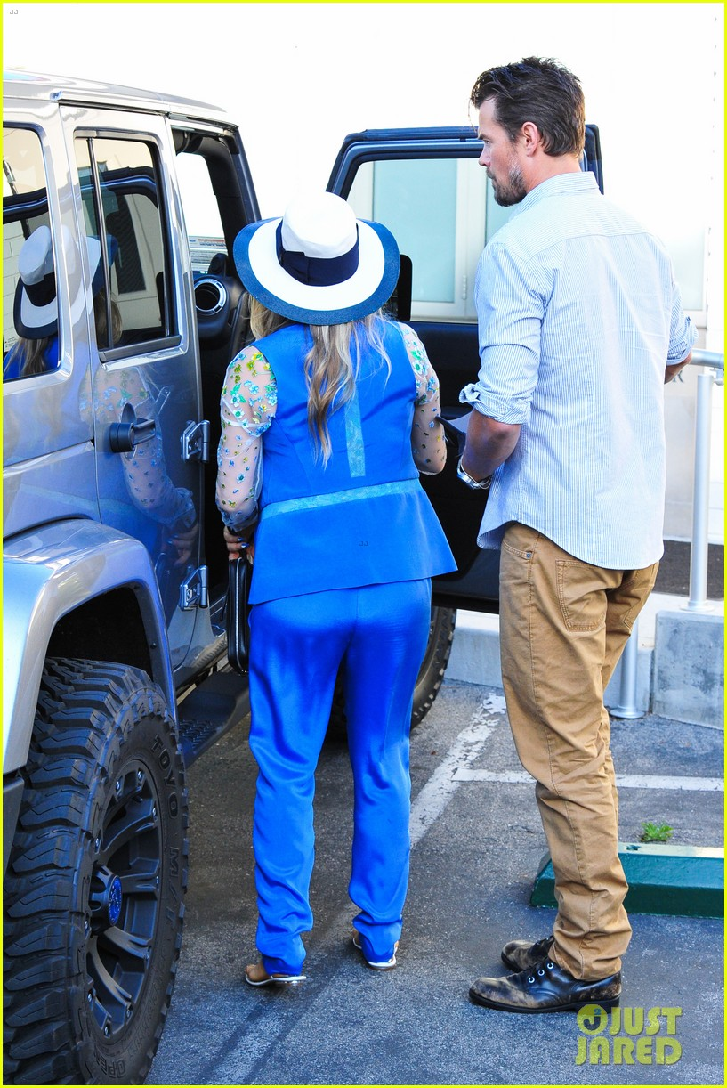 fergie josh duhamel go to church before baby shower day 18