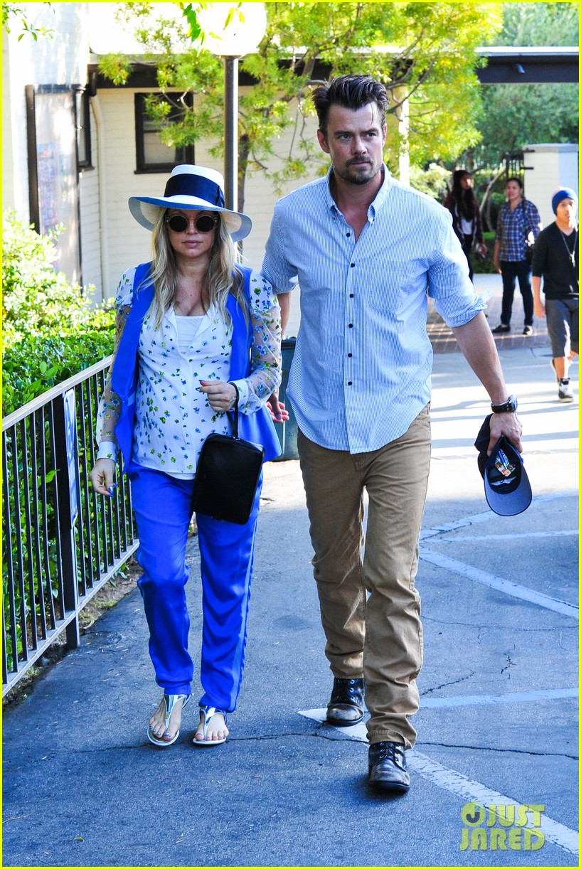 fergie josh duhamel go to church before baby shower day 192919793