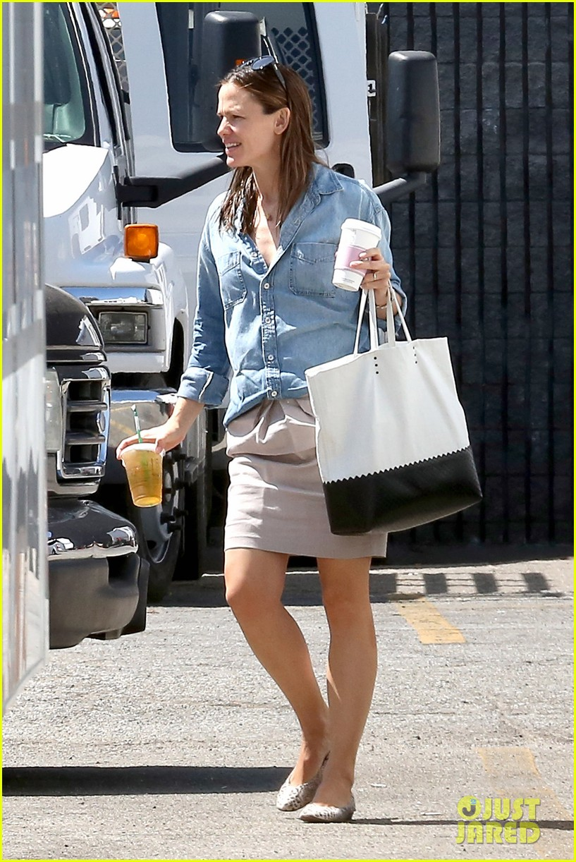 jennifer garner ben affleck matt damon start new production company 062920490