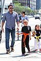 jennifer garner ben affleck take the girls to karate 01