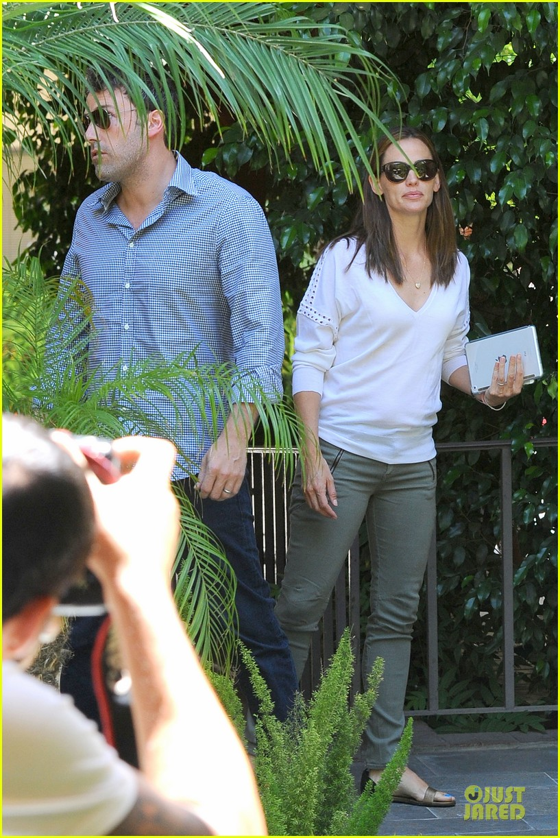 jennifer garner ben affleck lawyers office after max mara news 082910490