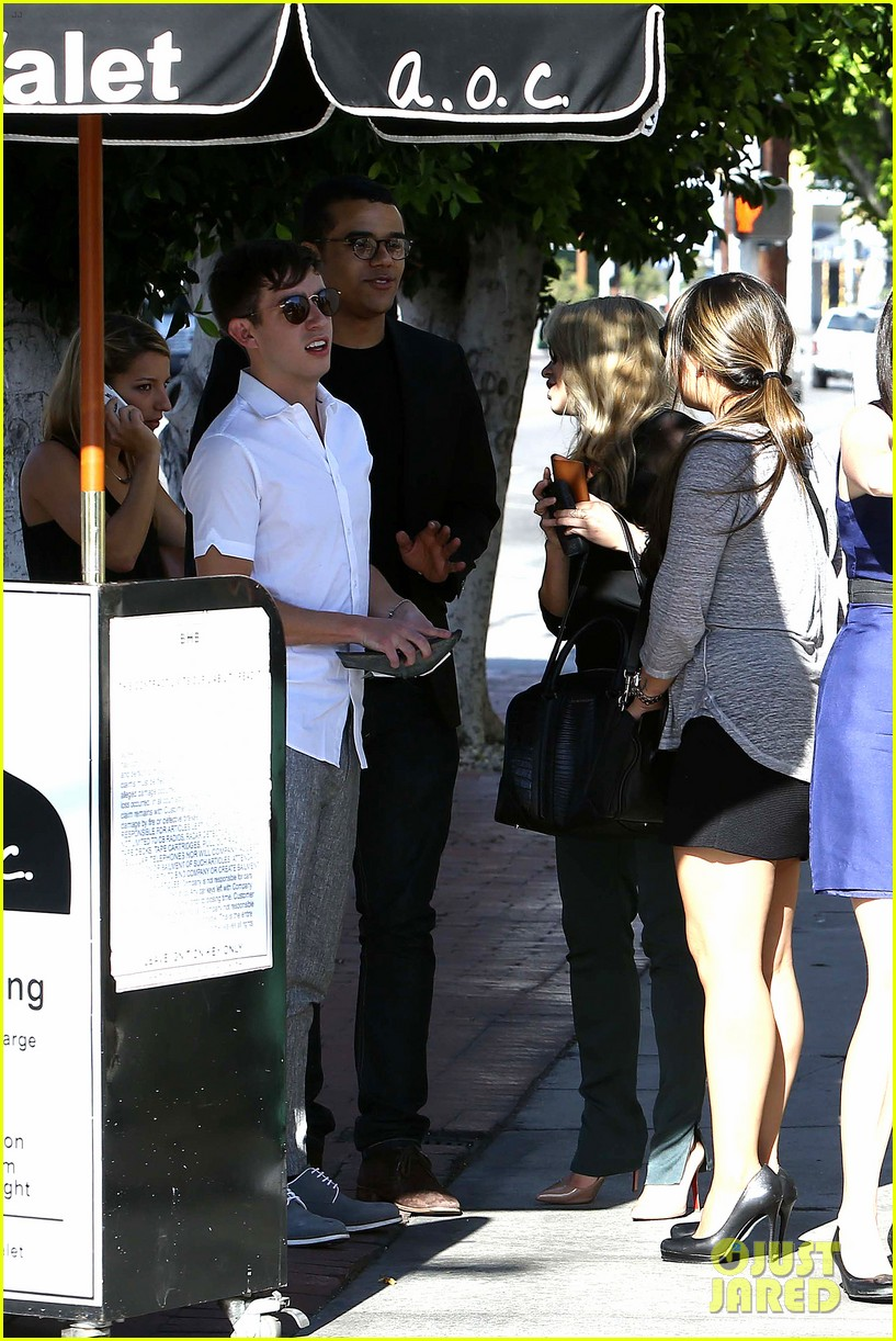 glee cast grabs lunch together after cory monteith memorial 052917063