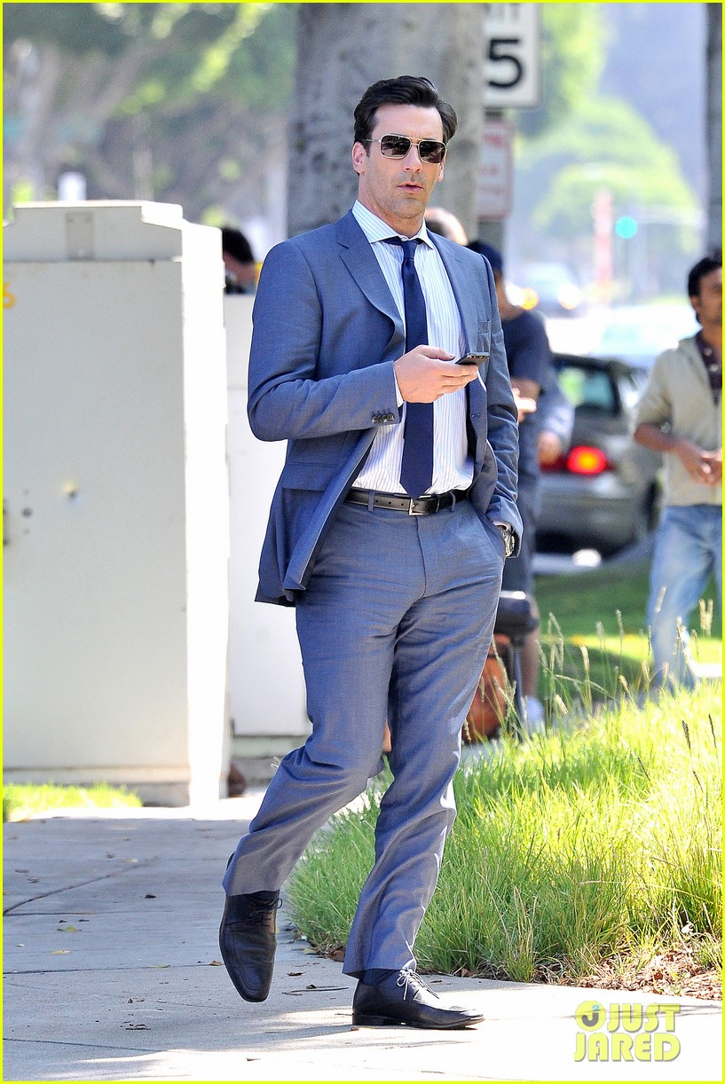 jon hamm sports million dollar look for million dollar arm 06