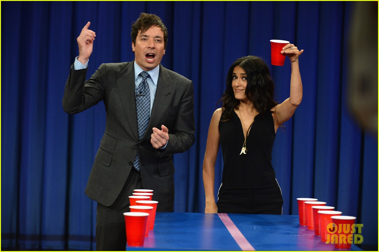 salma hayek plays beer pong on late night with jimmy fallon 012908214